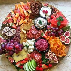 Appetisers/Tapas/Starters Now this is a grazing platter! This gorgeous platter by has u Antipasto Platter, Snack Platter, Dessert Platter, Mezze Platter Ideas, Tapas Platter, Hummus Platter, Platter Board, Good Food, Healthy Recipes