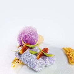 Lavender marshmallows with sesame ice cream and lavender foam by chef David Muñoz of restaurant DiverXO from Madrid, Spain #TheArtOfPlating