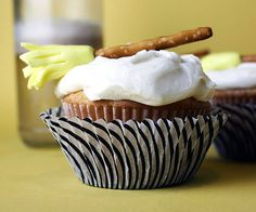 butter beer cupcakes (yellow cake mix)