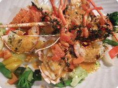 L'aragosta è un saporito crostaceo molto ricercato perché consente  la preparazione di molti manicaretti  eleganti nella presentazione e invitanti nel profumo e nel sapore.