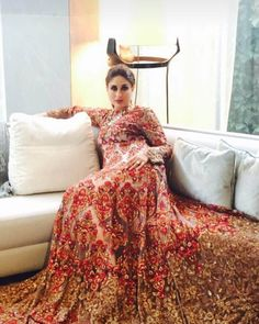 Kareena Kapoor In Manish Malhotra Outfits That We Truly Adore