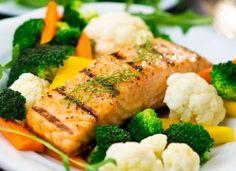 Gambas pricked with lemongrass, mango salad and green papaya - Healthy Food Mom Healthy Food Delivery, Healthy Food List, Healthy Pastas, Healthy Crockpot Recipes, Gourmet Recipes, Healthy Snacks, Healthy Eating, Breakfast Healthy, Keto Snacks