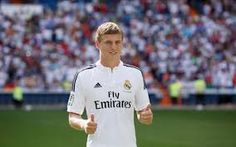 Toni Kroos sungguh menjadi bidikkan utama untuk Real Madrid bakal bisa lebih sukses lagi di musim ini. Untuk itu segalanya Carlo Ancelotti tak ragu padanya.