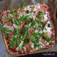10 x pizzabund især: Pizza på brødbund Cream cheese pizza Raw Food Recipes, Low Carb Recipes, Great Recipes, Cooking Recipes, Healthy Recipes, Atkins, Food N, Food And Drink, Low Carb Vegetables