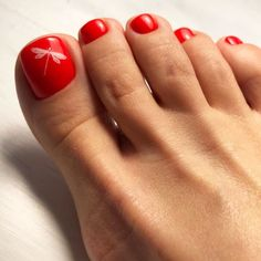 Classic Pedicures In Red Hues Amazing Toe Nail Colors To Choose For Next Sea Green Nail Designs, Square Nail Designs, Toe Nail Designs, Best Toe Nail Color, Nail Color Trends, Halloween Nail Designs, Halloween Nails, Easy Halloween, Pedicure Colors