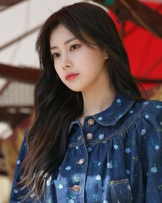 Beautiful Chinese Girl, Yu Jin, Famous Girls, Asian Celebrities, K Idol, Japanese Girl, Korean Girl Groups, Foto E Video, Cute Girls