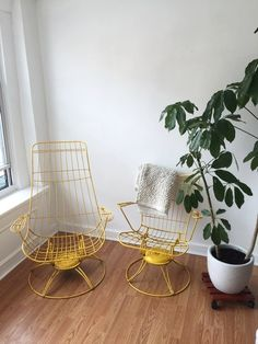 Wire furniture lets light pass through, instantly making any space feel bigger.