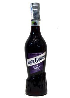 Seleccionando para su elaboración las mejores bayas de cassis Dijonc conocidas por su riqueza aromática. #licores #licoresycremas #cassis #licoresbaco Red Wine, Alcoholic Drinks, Bottle, Wealth, Berries, Liqueurs, Wine, Cocktails, Flask