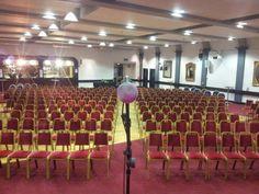Theatre style capacity 400