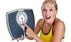 How I Ignited My Weight Lose 20 Pounds In 14 Days. This is Super Simple to Achieve, make sure that your weight loss goal is realistic. Supper Easy Read Now! Weight Loss Goals, Easy Weight Loss, Healthy Weight Loss, Reduce Weight, How To Lose Weight Fast, Weight Loss Calculator, Herbal Treatment, Lose 20 Pounds, Health Facts