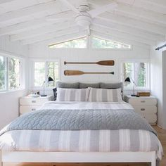 One of the most popular ways to give a space classic cottage style is to install shiplap panelling on the walls Photographer Alex Lukey Designer Margot Austin Beach House Bedroom, Nautical Bedroom, Coastal Bedrooms, Nautical Home, Home Bedroom, Lake House Bedrooms, Beach Cottage Bedrooms, Cottage Bedroom Decor, Master Bedroom