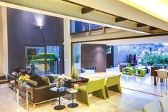 Constantia Kloof House by Nico van der Meulen Architects