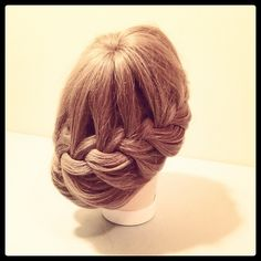 "kellgrace.com   Flower-Fall. ""and if u wanna buy me flowers, just go ahead now."" #braid #braiding #updo #fashion #style #hair #hairstyle #idohair #beauty #blonde #longhair #flashbacksong #ponytail #fun Copyright © KellGrace"