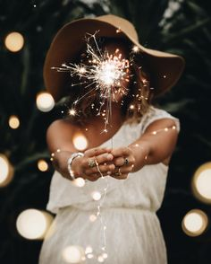 | retrato | retratos femininos | ensaio feminino | ensaio externo | fotografia | ensaio fotográfico | fotógrafa | mulher | book | girl | senior | shooting | photography | photo | photograph | nature | sparks | spark | sparkling