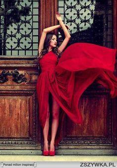 czerwona sukienka - Szukaj w Google