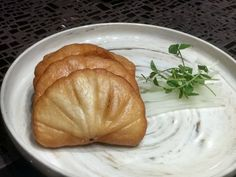 Crispy mantaou is the perfect mid afternoon treat.  #HungryForeverCo #HungryForever #Delicious #Asianfood #Yum