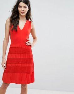 French Connection – Jerseykleid mit Plisseespitze
