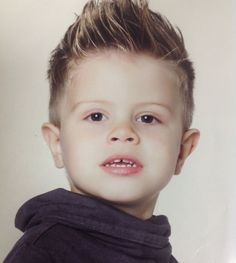 New Post child hairstyles boy 2014 Trending Now balayagehair Childrens Hairstyles, Little Boy Hairstyles, Cute Hairstyles For Kids, Cool Hairstyles, Children Hairstyles Boys, Short Hair Cuts For Women, Short Hair Styles, Hair Designs For Boys, Baby Haircut