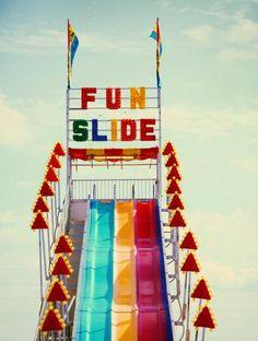 FUN SLIDE oh the memories of childhood carnival's Summer Of Love, Summer Fun, Retro Summer, Fun Fair, Jolie Photo, Summer Vibes, Bunt, Childhood Memories, Summertime