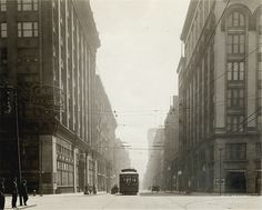 Washington Avenue east from Twelfth Street. Photograph by W.C. Persons, 1920.