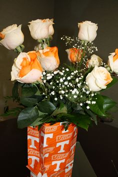 Tennessee roses - Someone could send me these :)) Moving To Tennessee, Tennessee Girls, State Of Tennessee, Tennessee Knoxville, Tennessee Volunteers Football, Tennessee Football, Pat Summitt, Tn Vols, Tn Usa