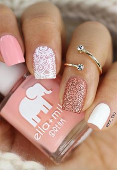 Nail Art Designs To Wear In The Office - My Daily Time - Beauty, health, fa. -Chic Nail Art Designs To Wear In The Office - My Daily Time - Beauty, health, fa. Chic Nail Art, Chic Nails, Nail Art Diy, Stylish Nails, Food Nail Art, Trendy Nail Art, Elegant Nails, Short Nail Designs, Nail Designs Spring