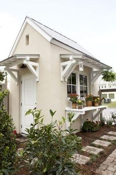 Southern Cottage Farmhouse by judy
