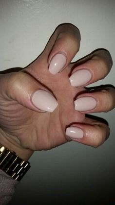 Short Coffin nails . Essie topless and barefoot , nude nail polish