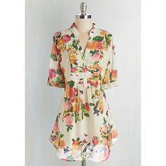 Long 3 Back Road Ramble Tunic (245 SEK) ❤ liked on Polyvore featuring tops, tunics, floral print tops, long sleeve tunic, long tunics, floral print tunic and floral tunic