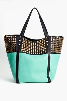 Nasty Gal - All Of The Gold Tote in Mint. Teal tote with gold studs. Moda Formal, Azul Tiffany, Fashion Bags, Womens Fashion, Fashion Shoes, Girl Fashion, Mo S, Beach Wear, Cute Bags