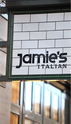 Jamie's Italian Australia is finally coming to Brisbane!  http://bmag.com.au/food-drink/food-news/2014/02/12/jamie-oliver-brings-italian-sensation-brisbane