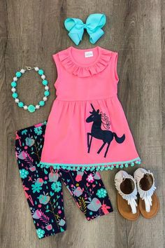 Magical Unicorn Mint Pom Pom Capri Set - Sparkle in Pink Little Girl Outfits, Cute Outfits For Kids, Toddler Girl Outfits, Baby Girl Dresses, Baby Dress, Baby Girls, Kids Girls, Pink Dress, Baby Girl Fashion