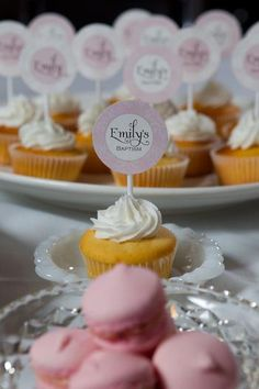 Baptism cupcakes make little tags for the cupcakes that are not in the dress Baptism Pictures, Baptism Ideas, Baptism Cupcakes, Mini Cupcakes, Cupcake Cake Designs, Cupcake Cakes, Baby Dedication, Baby Christening, Aaliyah