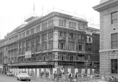 Demolition of The Metropole Cinema, O'Connell Street, August 1973 Theatres, Movie Theater, Back In The Day, Dublin, Old Photos, Celtic, 1970s, Ireland, Places To Visit