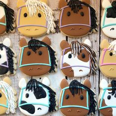 Ponies for miss Rylee's birthday party! #horse #horsecookies #cookies #cookie #cookiesofinstagram #sugarcookies #sugar #edibleart…