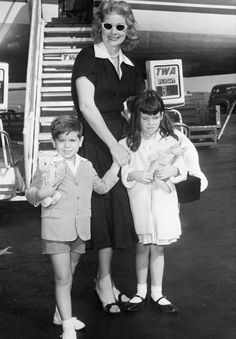 Lucille Ball With Her Kids - Rare Photos Lucille Ball's Family
