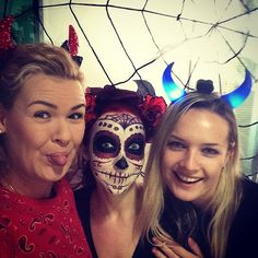 Trick or treat! #trickortreat #Halloween #party #comboappoffice #comboapp #agency #girls #devil #horror #horns #dayofthedead #sugarscull #spooky #scary #bodyart #makeup #artvisage