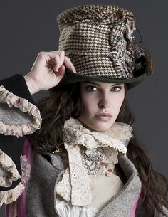 ADORE a fabulous hat......