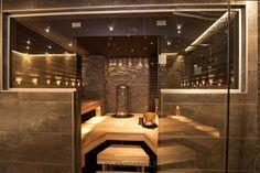 Sauna on pakko olla :) Villa Adele - Sauna Sauna Steam Room, Sauna Room, Home Interior, Bathroom Interior, Industrial Bathroom, Interior Design, Cabine Sauna, Design Sauna, Modern Saunas