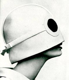 "#SCS #Pierre Cardin...L '""ENVIRONMENT AND SPACE"" damage Emotion and ""LIFE"" ...."
