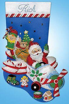 Kit de bordado de fieltro ~ Design Works volando Santa Navidad Medias #DW5237