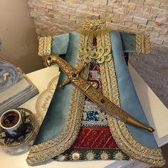 Elsa, Home Decor, Seed Bead Bracelets, Decoration Home, Room Decor, Home Interior Design, Home Decoration, Interior Design