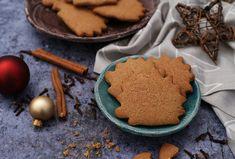 8+1 pihe-puha mézeskalács, amivel nem lőhetsz mellé karácsonykor | Mindmegette.hu Cookie Recipes, A Food, Gingerbread, Pie, Sweets, Cookies, Christmas, Kitchens, Recipes For Biscuits