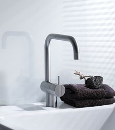 Vola - One-Handle Deck-Mounted Basin Or Kitchen Faucet W/Double Swivel Spout Gpm)