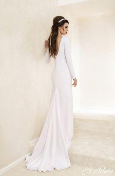 My dress <3 minimalist fall wedding dress