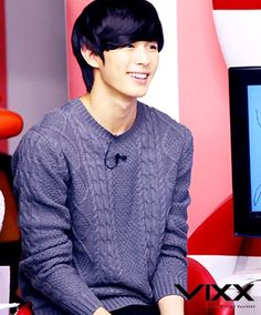 Mmmm, Hongbin... he's definitely one of the most attractive people I've ever seen in the K-pop industry <3