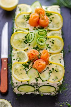Smoked salmon sandwich cake is the perfect make-ahead savory appetizer for any party or family gathering. It's easy to make and fun to put together! Smoked Salmon Sandwich, Salmon Avocado, Salmon And Asparagus, Easy Salmon Recipes, Healthy Recipes, Easy Recipes, Healthy Food, Sandwich Cake, Sandwiches