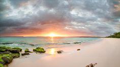 https://flic.kr/p/FEQwM8   Hyams Beach / Sunrise   Hyams Beach, NSW, Australia  The whitest sand in the world....