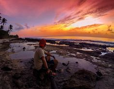 When the sun sets like a boss...you'll just have to sit down and take it all in...In awe of total epicness. #kwajaleinatoll #marshallislands #gopro #GoProtography #GoPhotography #GoPro_Epic #globaltography #goprofanatic_ #gopropacificislands #GoProNA #goprocreativestudio #goproworld #goprouniverse #goprooftheday #gotogopro #goprodreams #gopropacific #Goprorealm #gpfanatic #islandlife #islandhome #sunset #sunsetlovers #sunset_medness