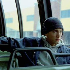 This photo is unfbfbdjdj Eminem Memes, Eminem Rap, Arte Hip Hop, Hip Hop Art, Eminem Poster, Hiphop, Eminem Wallpapers, Dope Wallpapers, Rapper